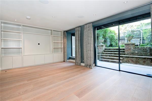 Thumbnail Property to rent in Scarsdale Villas, Kensington