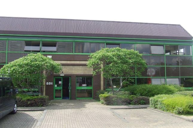 Office to let in First Floor, 551 Fairlie Road, Slough