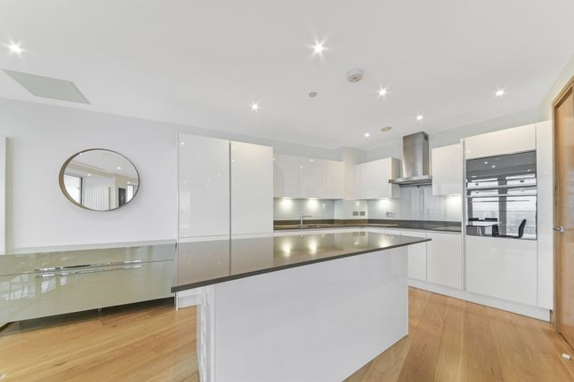 Kitchen of Arena Tower, Crossharbour Plaza, Isle Of Dogs E14