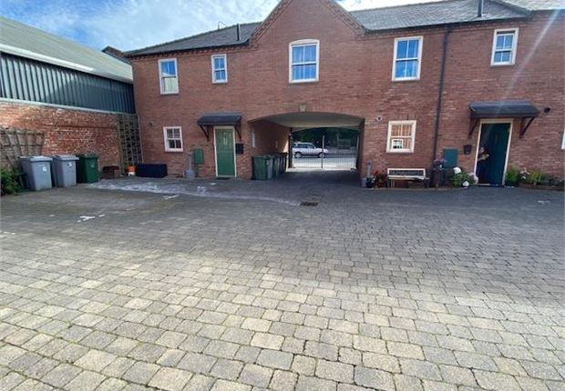 Picture 4 of Friary Mews, Newark, Nottinghamshire. NG24