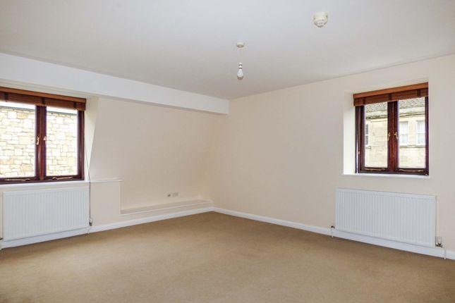 Living Room of Caxton Court, Bath City Centre BA2