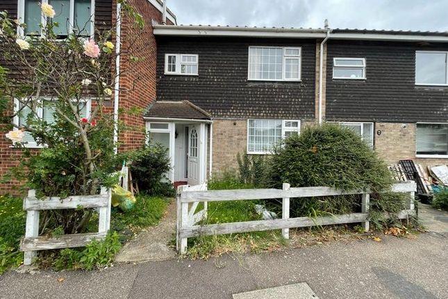Thumbnail Terraced house for sale in 39 Theydon Gardens, Rainham, Essex