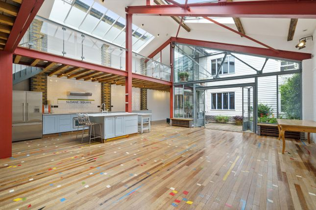 Thumbnail Flat to rent in Conlan Street, Notting Hill, London