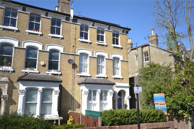 Thumbnail Flat for sale in Ashley Road, Stroud Green, London
