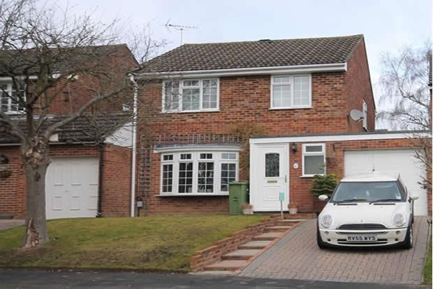 Thumbnail Detached house for sale in Malvern Road, Farnborough