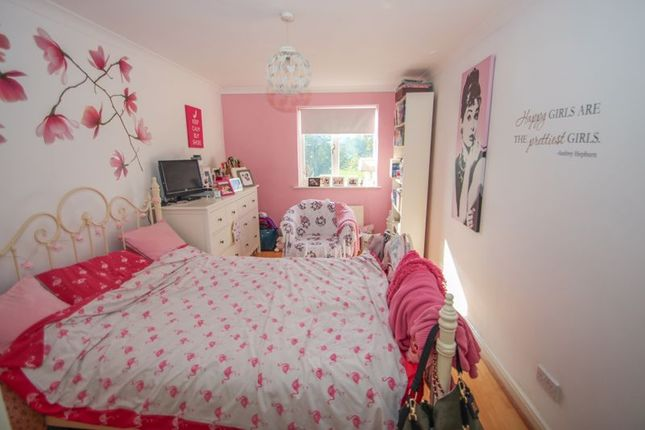 Photo 5 of Lynwood Road, Thames Ditton KT7