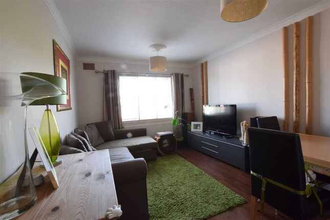 Thumbnail Flat for sale in Western Mansions, Great North Road, Barnet
