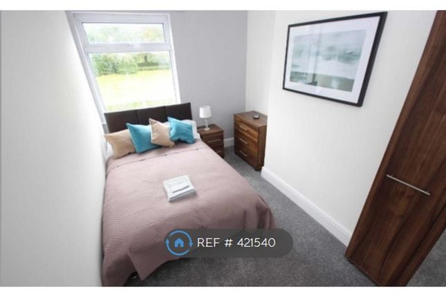 Thumbnail Room to rent in Albert Road, Farnworth, Bolton