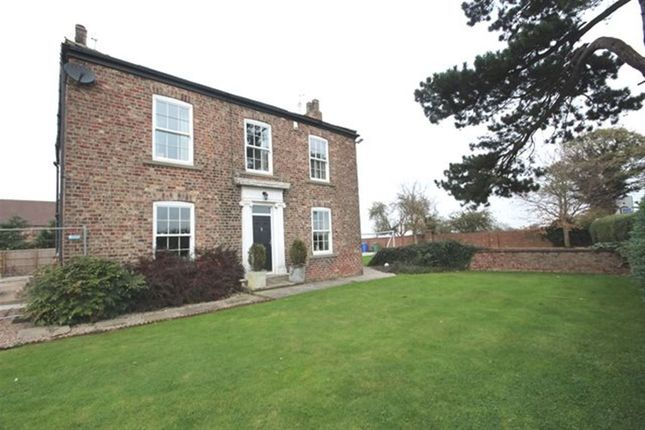 Thumbnail Detached house to rent in Snaith Road, East Cowick, Goole