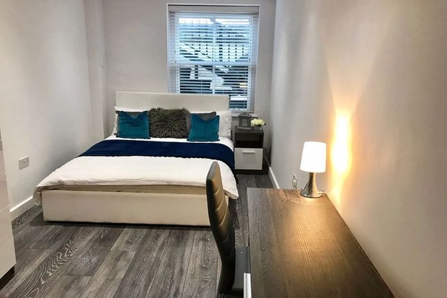 Thumbnail Room to rent in Rm 1, Ft 1, Priestgate, Peterborough