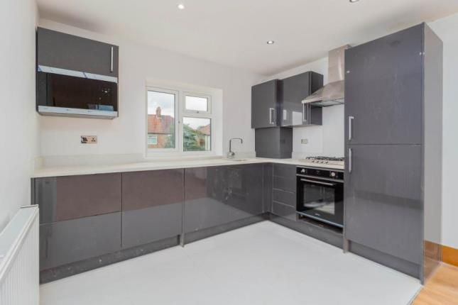 2 bed flat for sale in Manor Road, Mitcham, Surrey CR4
