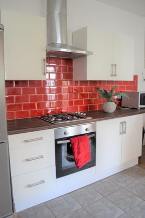 Thumbnail Property to rent in Goddard Avenue, Hull