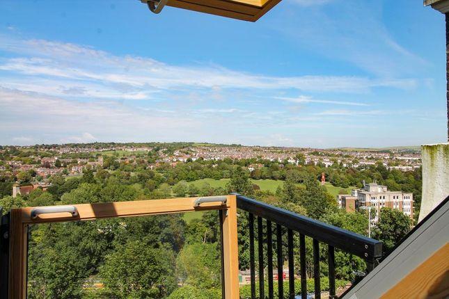 Flat to rent in Highcroft Villas, Brighton, East Sussex