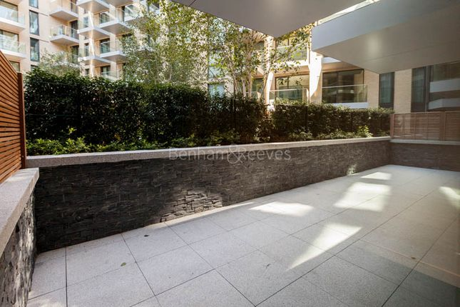 Thumbnail Flat to rent in Goodmans Fields, Aldgate