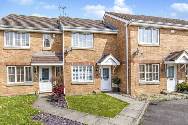 Terraced House In Blunden Drive Slough West London