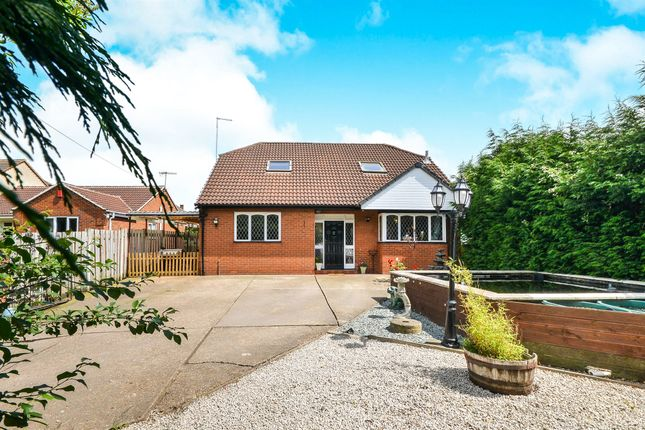Thumbnail Detached house for sale in Great Northern Road, Eastwood, Nottingham