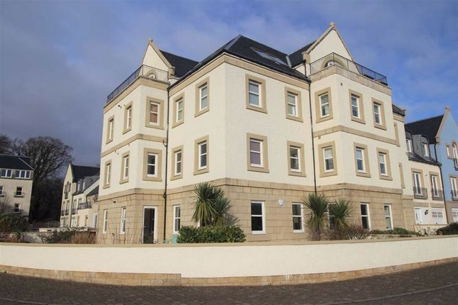 Thumbnail Flat for sale in Harbour Square, Inverkip, Greenock