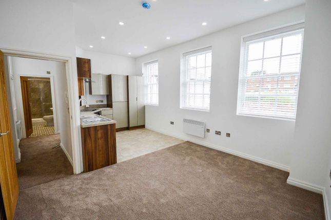 Thumbnail Flat to rent in The Downs, Altrincham