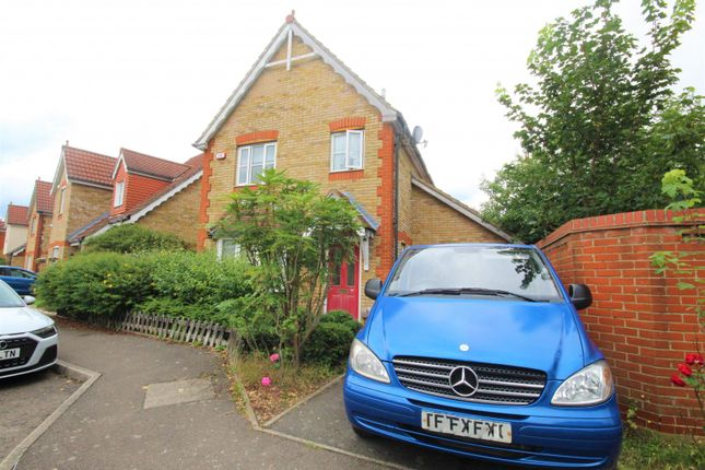 Thumbnail Property to rent in Campion Close, Rush Green, Romford
