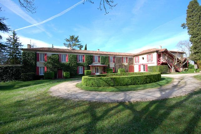 Thumbnail Country house for sale in Auch, Gers, France
