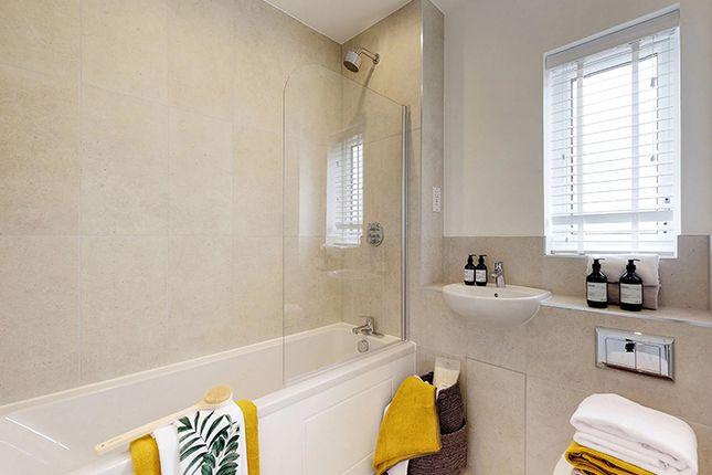 1 bedroom flat for sale in Castle Hill, Ebbsfleet Garden City