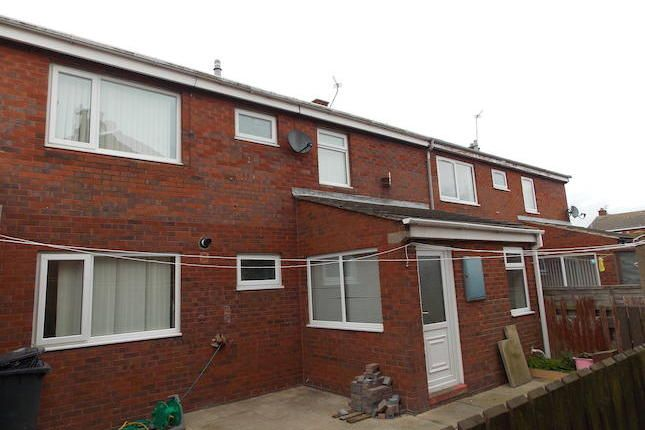 Thumbnail Terraced house to rent in Simonside Crescent, Hadston