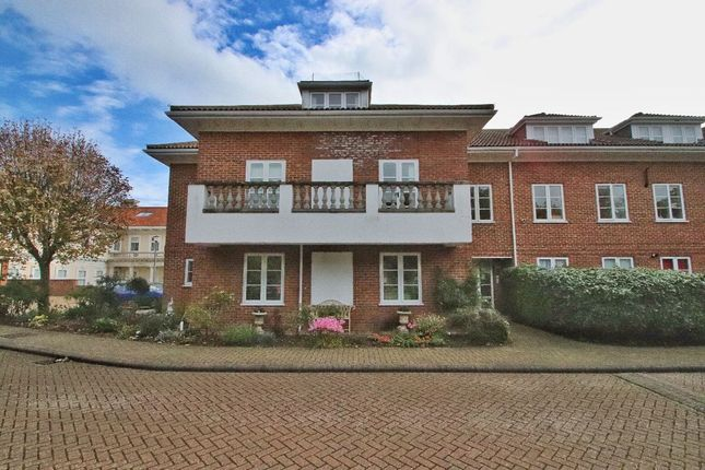 Thumbnail Flat to rent in Elizabeth Court, North Foreland Road, Broadstairs