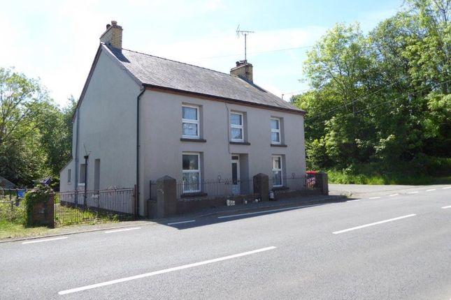 4 bed detached house for sale in Duffryn Duar, Llanybydder, Carmarthenshire SA40
