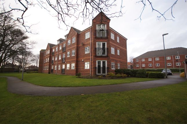 Thumbnail Flat to rent in Brackenhurst Place, Moortown, Leeds, West Yorkshire