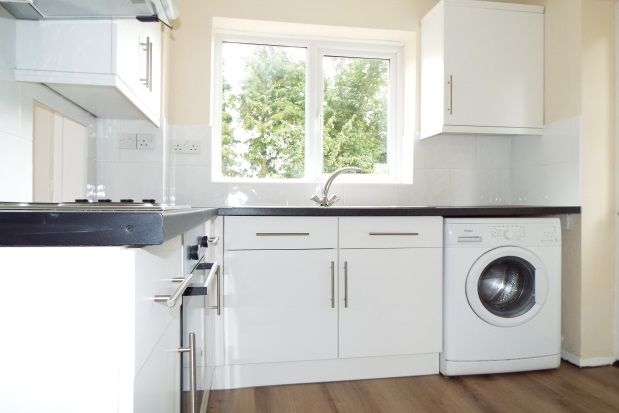 Thumbnail Semi-detached house to rent in Avon Crescent, Bicester