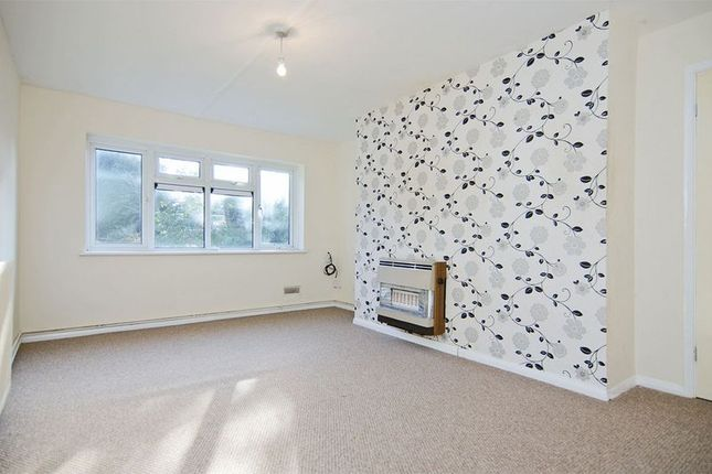 Thumbnail Flat for sale in Sussex Avenue, Aldridge, Walsall