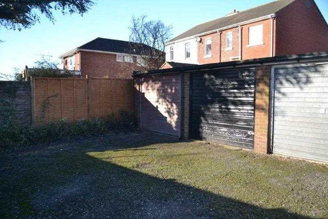 Garage of Swift Hollow, Southampton SO19
