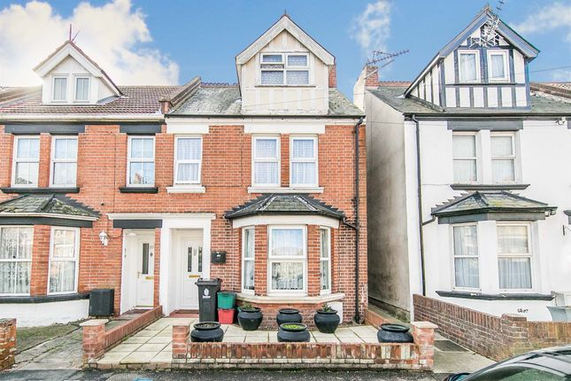 2 bed maisonette for sale in Meredith Road, Clacton-On-Sea CO15