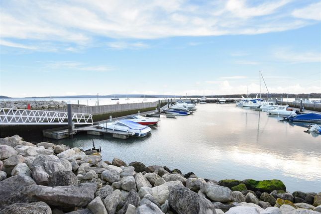 Thumbnail Flat for sale in Moriconium Quay, Lake Avenue, Poole