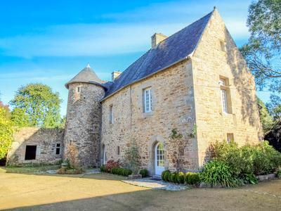 Thumbnail Property for sale in Lannion, Côtes-D'armor, France