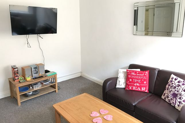Thumbnail Shared accommodation to rent in 20 Whitechapel (5 Bedroom), Liverpool
