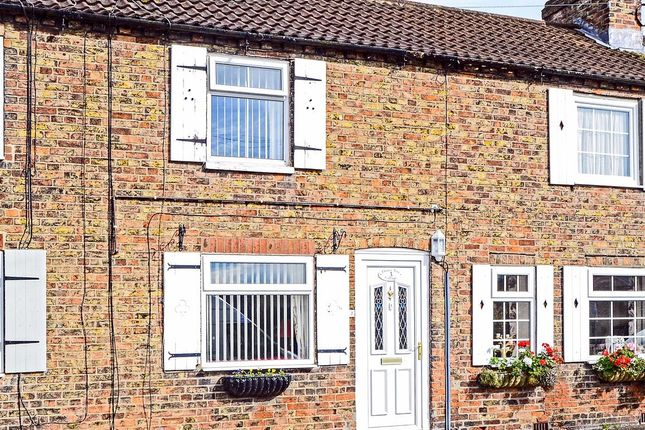 Thumbnail Terraced house for sale in Main Street, Sigglesthorne, Hull
