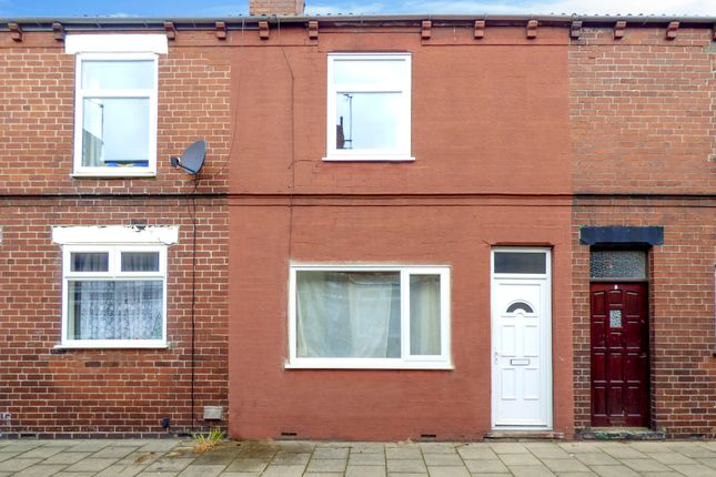 Thumbnail Terraced house to rent in Albany Place, South Elmsall, Pontefract
