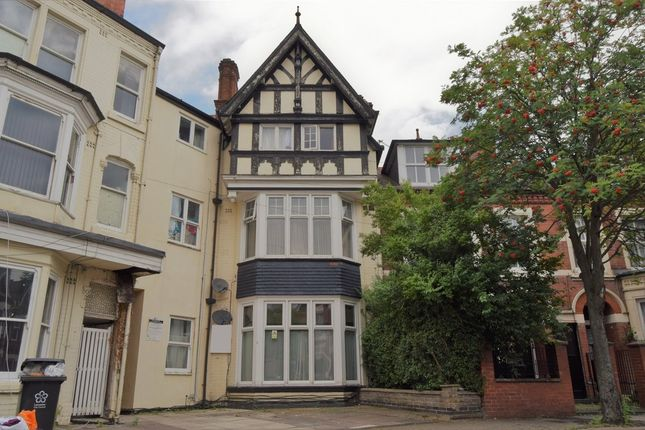Thumbnail Flat for sale in St Albans Road, City Centre, Leicester