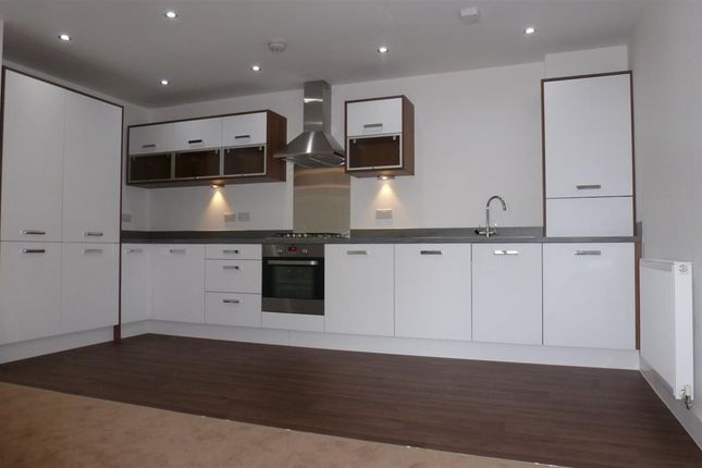 2 bed flat to rent in Liversage Square, Derby DE1