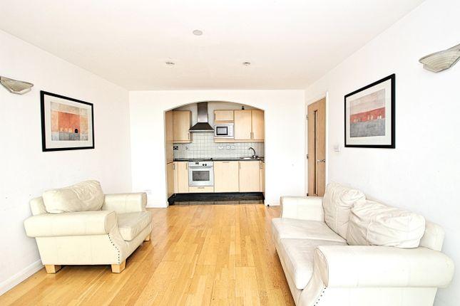 2 bed flat to rent in Northampton House, Wellington Street, Northampton NN1