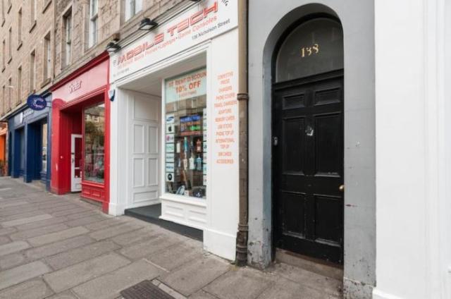 Thumbnail Flat to rent in Nicolson Street, Edinburgh EH8,