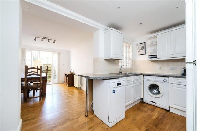 Thumbnail Property to rent in Trafalgar Avenue, London