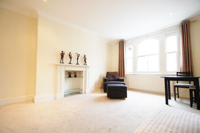 Thumbnail Flat to rent in Cologne Road, Battersea