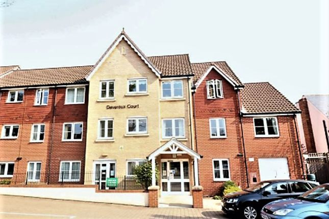 Thumbnail Property to rent in Snakes Lane West, Woodford Green
