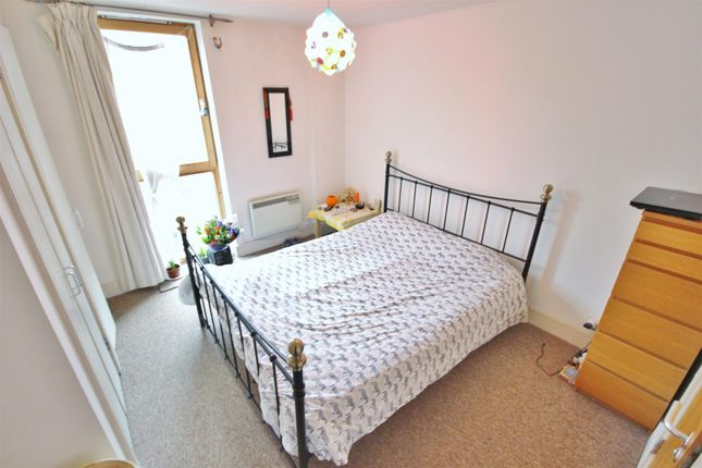 Master Bedroom With Ensuite Image 2