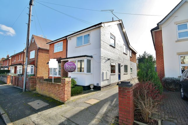 Thumbnail Maisonette to rent in Abbey Road, Woking