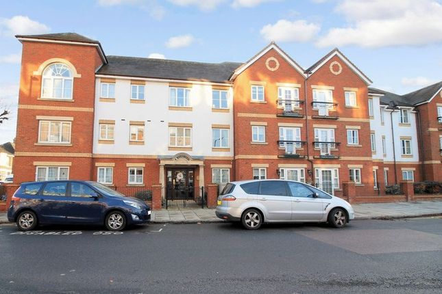 Thumbnail Flat for sale in Pegasus Court (Winchmore Hill), Winchmore Hill