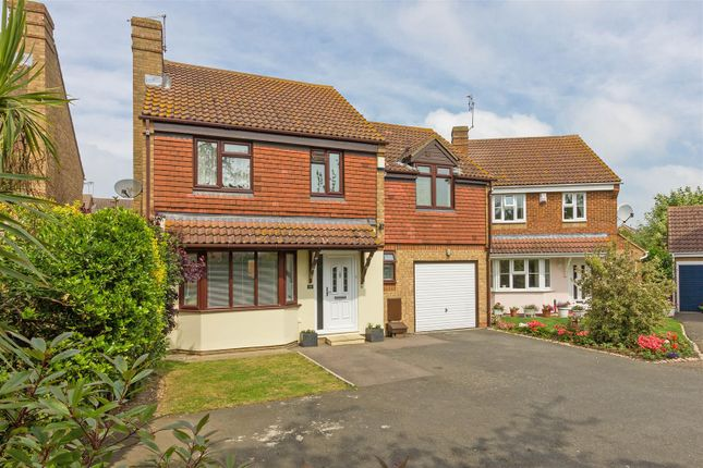 Detached house for sale in Beauvoir Drive, Kemsley, Sittingbourne