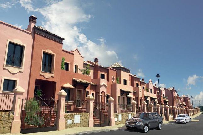 3 bed terraced house for sale in Estepona, Málaga, Spain